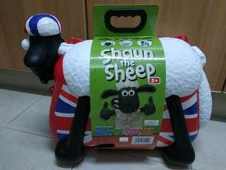 Cabin Luggage Shawn the Sheep for kids