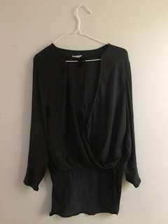 URBAN OUTFITTERS- Blouse