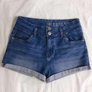 classic high waist denim shorts