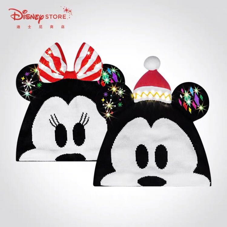 Christmas Minnie Mouse Disneyland.Disneyland Christmas Beanies With Light Mickey Mouse And Minnie Mouse