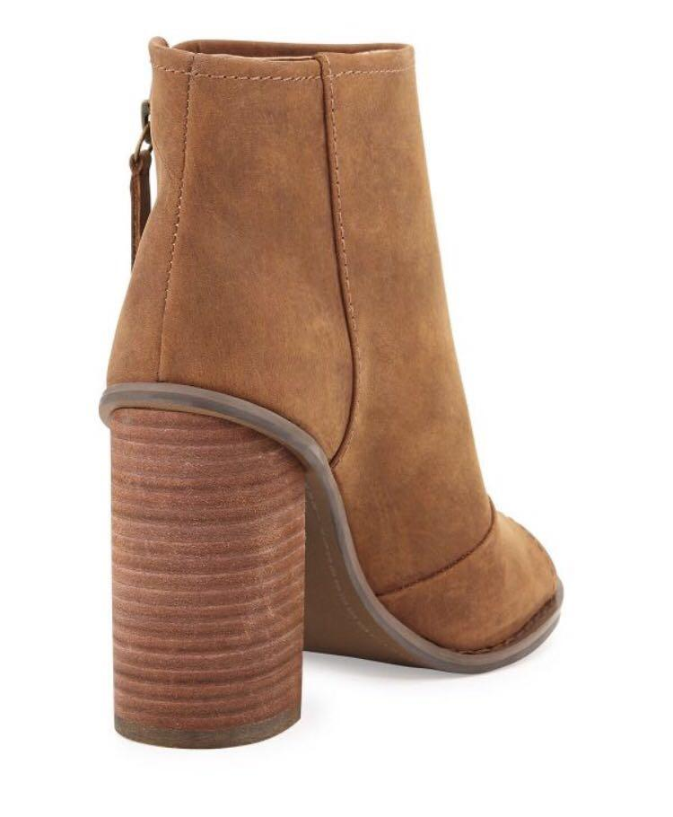 Kelsi Dagger Boot - size 6.5 (bought from Urban Outfitters