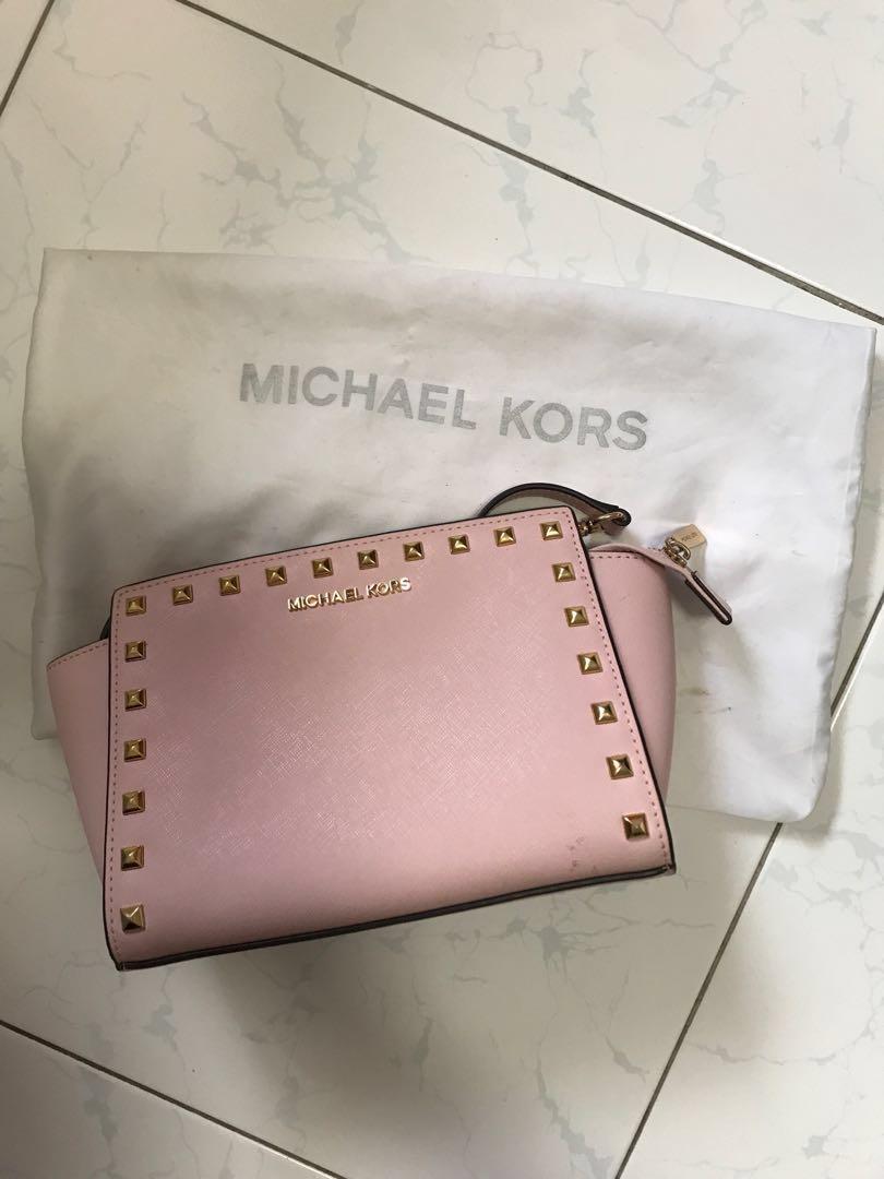 65adc4876a9f73 Michael Kors Studded Medium Selma, Women's Fashion, Bags & Wallets ...