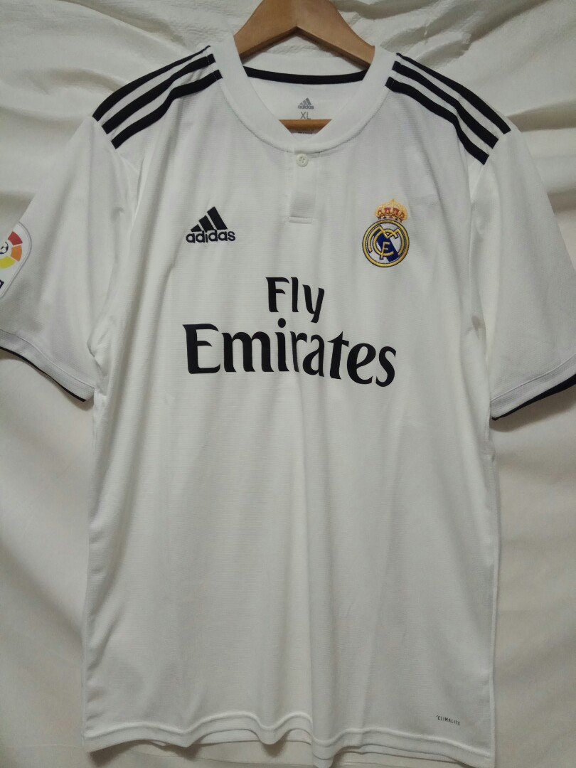 9d2a53d0 Real Madrid Home Jersey 2018/19, Sports, Sports Apparel on Carousell