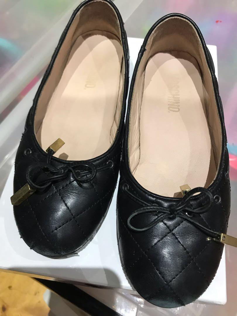 Used Moschino shoes size 34 worn a couple of times!