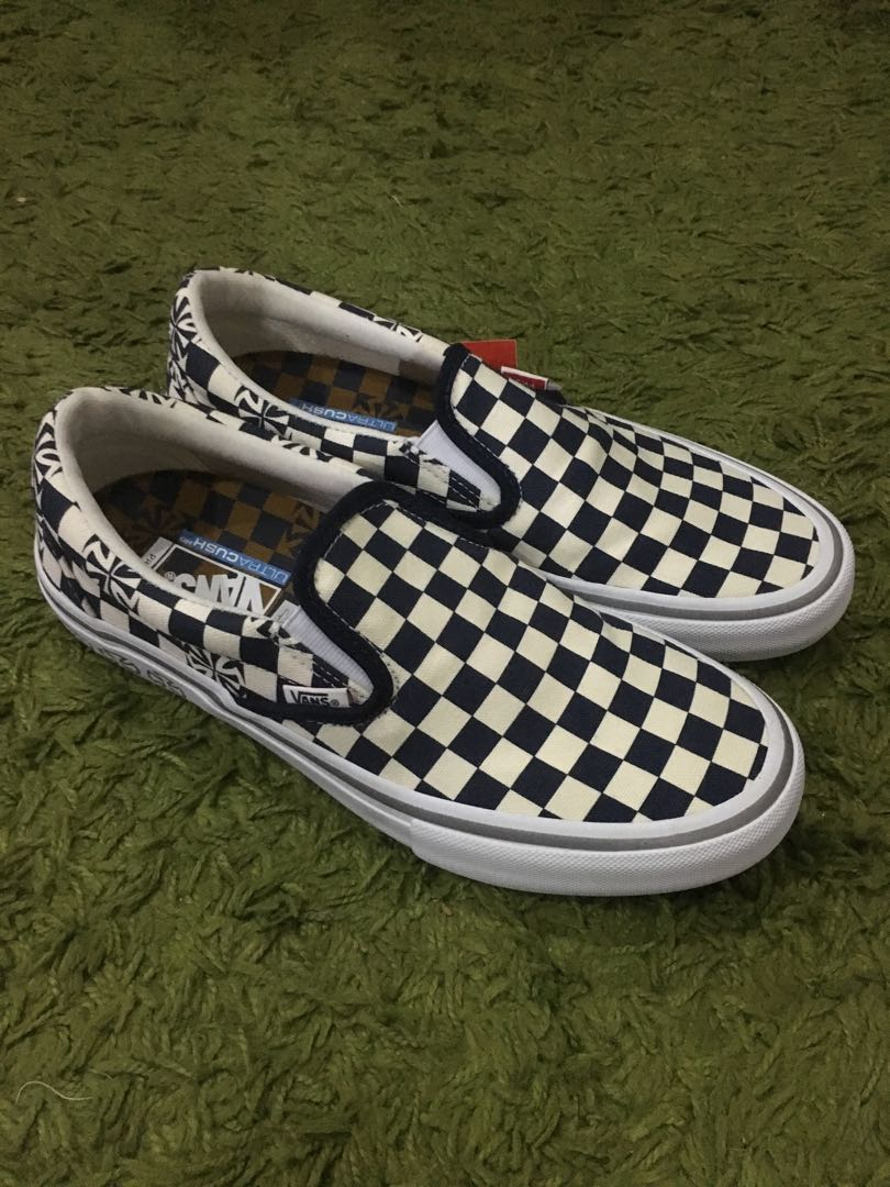 448b8a4cddc3f9 Vans x Independent Slip-On Pro Blue   White Checkerboard
