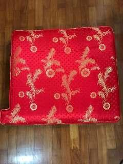 Rosewood furniture 3 seater + 2 individual chair silk cushion cover 花莉木