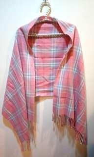🚚 粉色圍巾