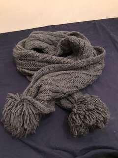 Abercrombie & Fitch - long scarf