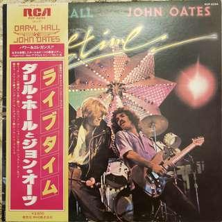 Hall and Oates Live LP