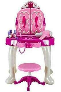 Glamour mirror ( for kids )