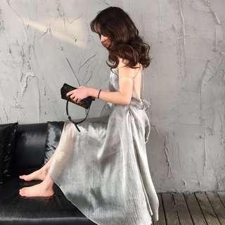 🚚 Silver Maxi Dress