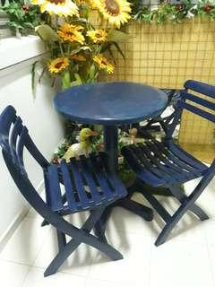 Garden chairs (2pcs) & table