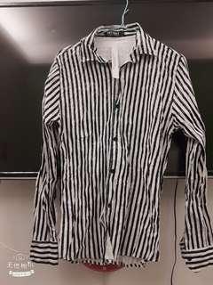 🚚 小污漬【新】光滑緞面條紋襯衫