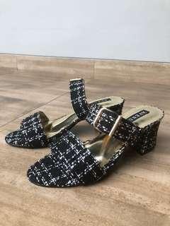 Heels hitam AVENUE