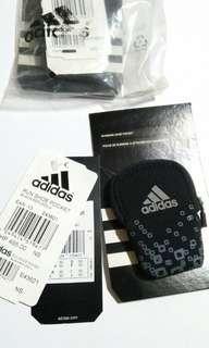 adidas Run Shoe Pocket