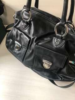 黑色手袋 Back leather Handbag