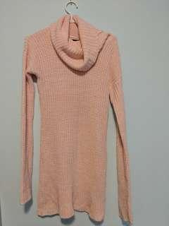 Small Pink Turtle Neck