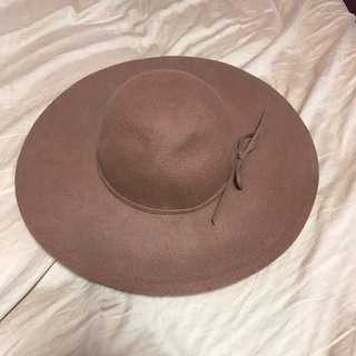 🚚 INGNI 駝色100%毛料圓帽