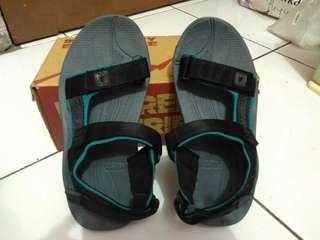 Sandal gunung Consina original