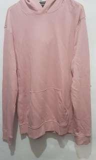 Sweeter H&M warna baby pink ukuran L slim fit