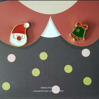 Christmas collar pin