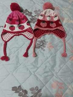 草莓毛帽 (二頂100元)