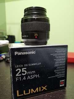 [Price Reduced to clear] Lumix 25mm F1.4 (Micro 4/3)