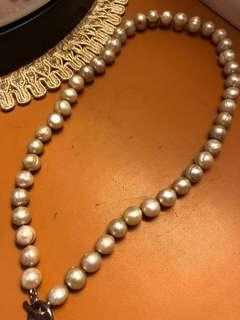 Freshwater pearl necklace with cross