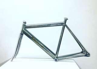 Panasonic pursuit titanium frame