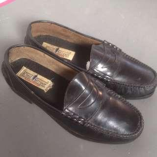 loafer kulit king street size 42