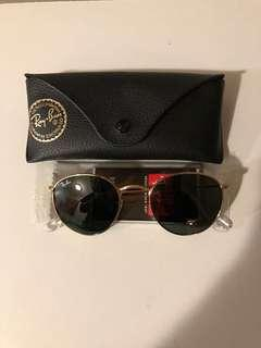 Authentic Ray Ban serialized pic 2