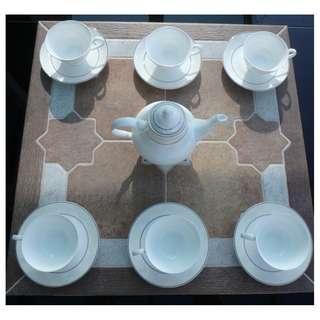 高級Dynasty 骨瓷茶具套裝13件 Fine Bone China Tea Set