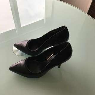 🚚 Charles&Keith High heel Shoes
