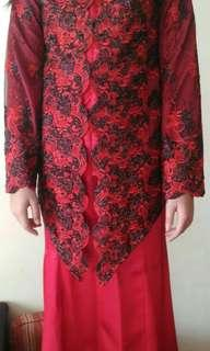 Baju Kebaya Merah