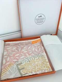 Hermes scarf brand new authentic 90/90 cm