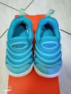 🚚 Nike毛毛蟲鞋