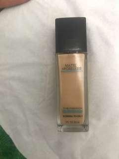 Foundation Maybellin Fit Me Shade Natural 220