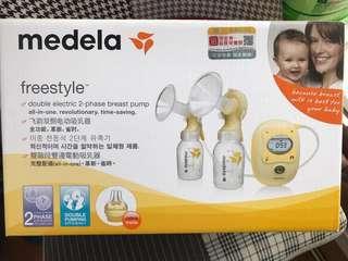 Medela 電奶泵 8月買 原價三千幾