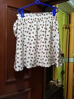 Size M Rubberized Floral Skirt with Belt Hook
