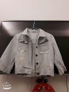 🚚 【新】七分短版牛仔外套