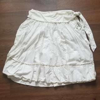 Warehouse Flare White Skirt
