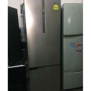 Panasonic NR-BV368 2-doors fridge