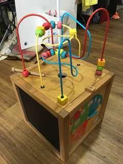 Kids play item