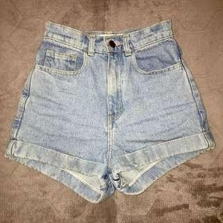 Americah apparel highwaisted shorts