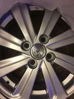 Toyota Yaris 鋁圈(全新)15吋