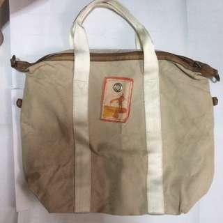 AMERICAN EAGLE OUTFITTERS BAG