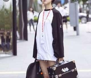 🚚 孔孝真同款 黑白寬鬆長袖T恤