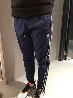 🚚 Adidas 全新 ce1674 九分褲