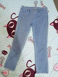 Uniqlo cropped denim pants / jegging in light blue