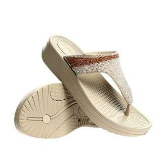 CLN SHOES size 7 FREE SHIPPING